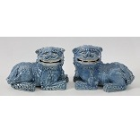 A Monochrom Porcelain Pair Of Chimeras - 6.4 Ko